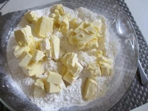 dough margarine and flour