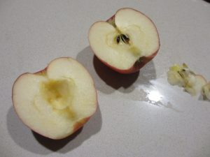 apple rose - remove core