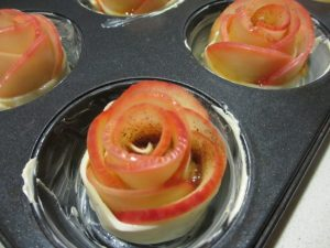 apple rose - grease pan