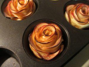 apple rose - baked